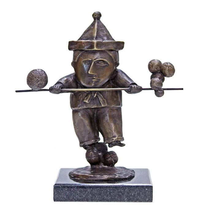 Equilibrista-com-bastao-23-100-inos-corradin